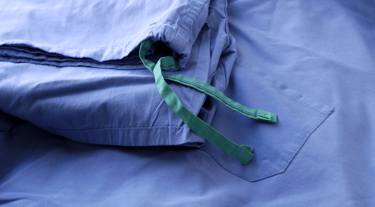 Nurses' Scrubs Often Contaminated