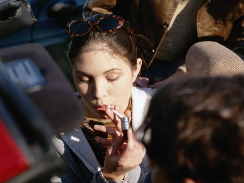 Tobacco Counseling for Youth, Adults Cuts Smoking Prevalence