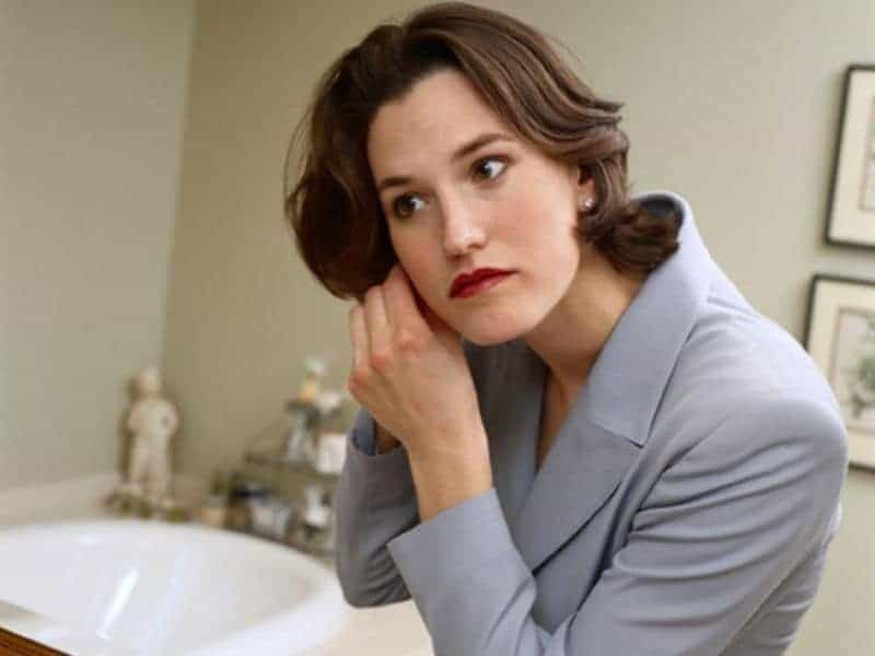 Early Natural Menopause Linked to Shorter Life Expectancy