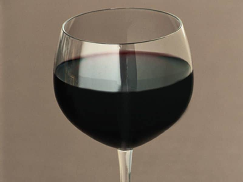 Modest Alcohol Consumption May Reduce Mortality in NAFLD
