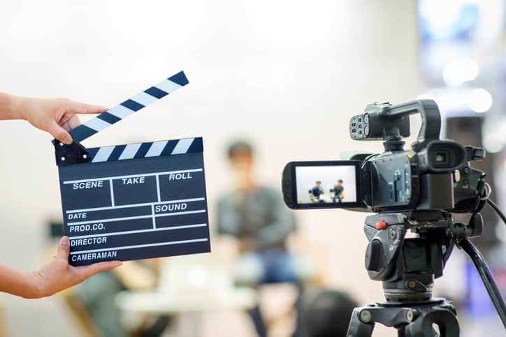 Should residents appear on medical reality TV shows