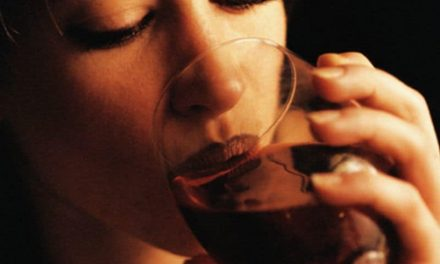 CDC: Drinking Alcohol Not Uncommon Among Pregnant Women
