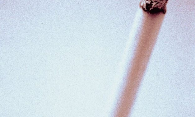 Quitting Smoking Lowers Risk for Bladder Cancer Postmenopause