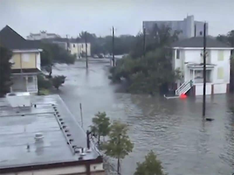 Many Immunosuppressed Persons Join in Hurricane Cleanup