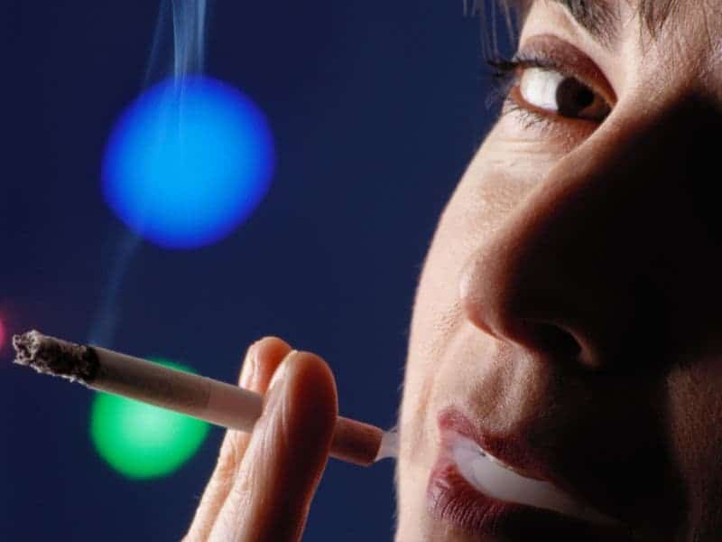Smoking Confers Greatest Risk for Major Heart Attack for Women