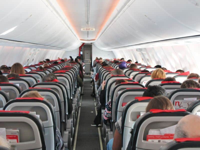 United First U.S. Airline to Offer COVID-19 Testing for Passengers