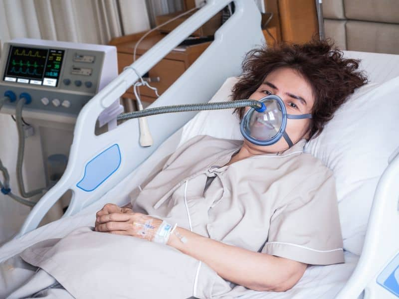 Hospitalized Health Care Workers Do Not Have Worse COVID-19 Outcomes