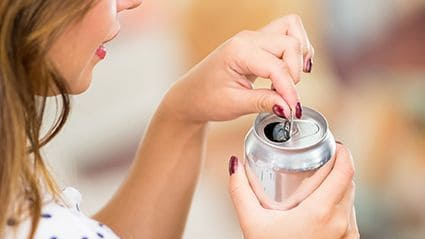 Sugar-Sweetened Drinks May Up Early-Onset CRC Risk in Women