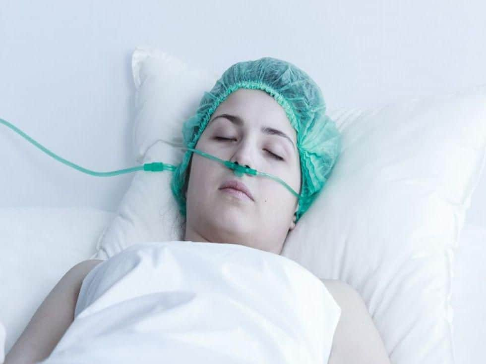 Hypothermia Does Not Cut Deaths in Patients With Coma After Cardiac Arrest
