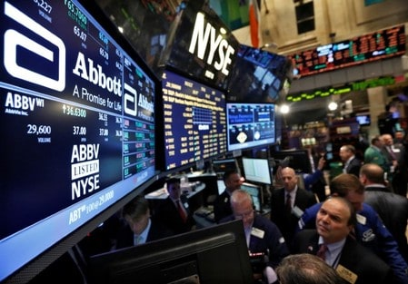 Abbott Labs raises 2018 earnings forecast, shares hit record high