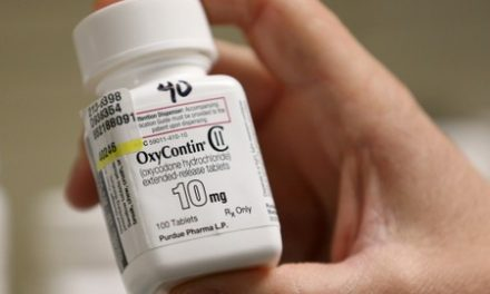 OxyContin maker Purdue Pharma to pay states' lawyers, urged to help victims
