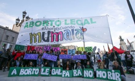 Argentine health chief quits in abortion fight with conservative president