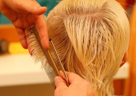 Hairdressers' skin damaged by hair dyes