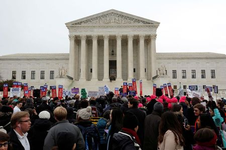 U.S. Supreme Court justices lean toward insurers on $12 billion Obamacare  claims | Physician's Weekly