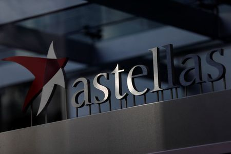 FDA grants accelerated approval for Astellas, Seattle Genetics' bladder cancer drug