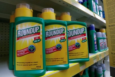 Bayer shares sag after U.S. jury verdict in Roundup cancer trial