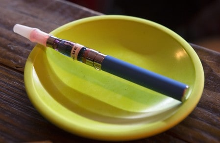 FDA unveils new guidelines for e-cigarette makers