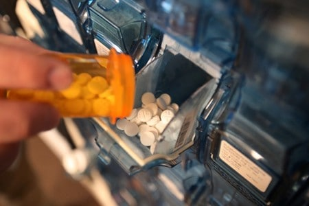 U.S. judge strikes down Trump administration rule requiring drug prices in TV ads