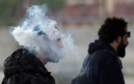 Vaping may aid smoking cessation but also boost relapse risk
