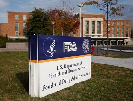 FDA flags risks from AbbVie, Gilead, Merck hepatitis C drugs to certain patients
