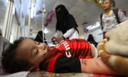 Yemen's frontline port struggles to fight deadly fever