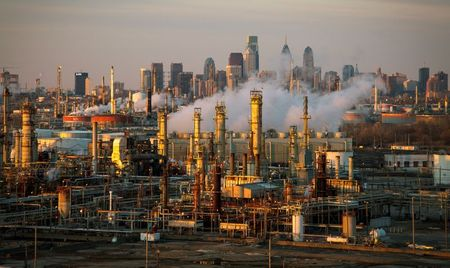 Ten U.S. refineries emitted excessive cancer-causing benzene in 2019: report