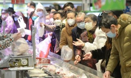 China's Wuhan aims to test all suspected cases of coronavirus by tomorrow