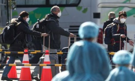 Japan govt faces questions over coronavirus, Tokyo cancels events