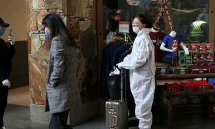 In bid to slow coronavirus, Canada shuts borders to foreign nationals