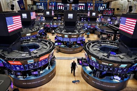 Two more NYSE floor traders test positive for coronavirus: memo