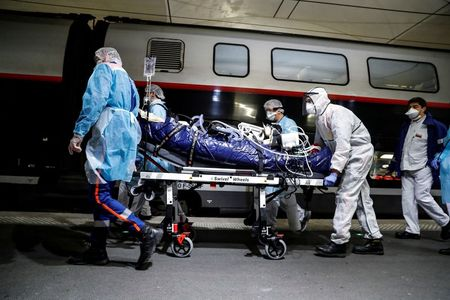 France passes 4,000 coronavirus deaths, no end of lockdown in sight