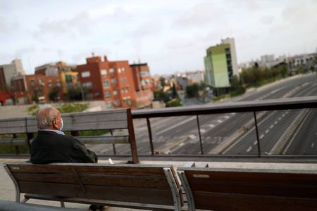 Spain's death rate rises, government seeking to harmonise data