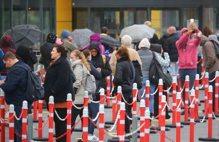 Germany's confirmed coronavirus cases rise by 933 to 170,508: RKI