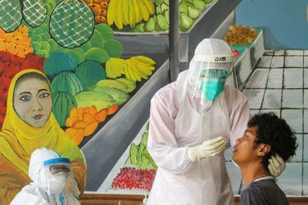 Indonesia reports 496 new coronavirus infections, 43 deaths