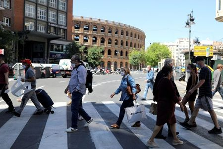 Valencia region moves to next stage of Spain's lockdown exit