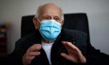 French doctor, 98, keeps working through coronavirus crisis