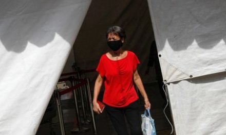 Singapore confirms 1,037 new COVID-19 cases