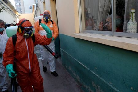 Chile to push ahead with coronavirus 'release certificates' despite WHO warning